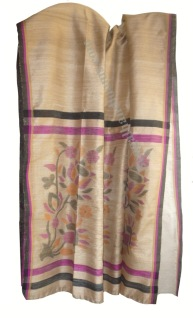 Elegant jamdani work on pallu